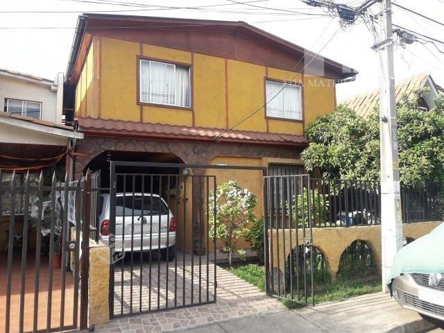 Casa Condominio - Metro a la puerta