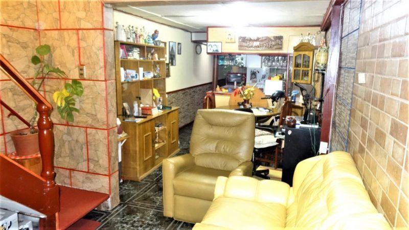 Amplia y Bonita Casa 61 M2 construidos Con muebles